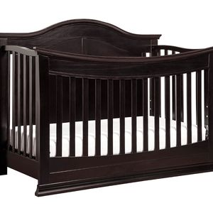 DaVinci Meadow 4 In 1 Convertible Crib Into Full Bed for Sale in Lewis Center, OH
