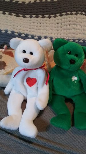 Ty Beanie Babies Erin & Valentino Rare for Sale in Newark, OH