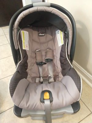 Chicco KeyFit 30 Infant Car Seat for Sale in Louisville, KY