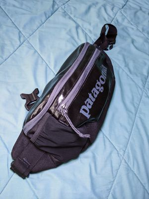 $39 - Patagonia Black Hole Waist Pack 5L - fanny pack hip hiking duffel for Sale in San Diego, CA