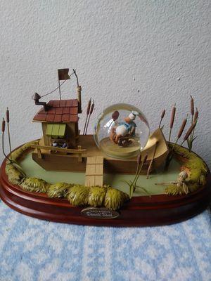Disney donald duck snow globe for Sale in Houston, TX