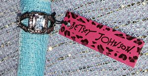 BETSEY JOHNSON PINK RING for Sale in Glendora, CA