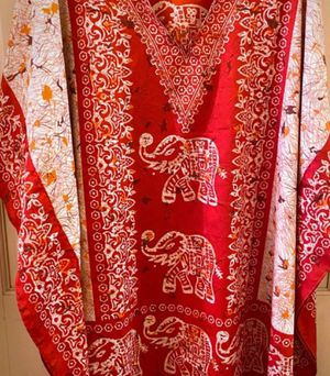 Triple lucky elephant beautiful silky poncho for Sale in New York, NY