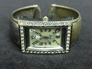 MONDU Women's Wristwatch Quartz Japan #W26 for Sale in Upland, CA