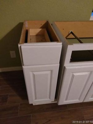 Small kitchen cabinet for Sale in Bellaire, TX