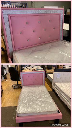 twin bed and mattress for Sale in Glendale, AZ
