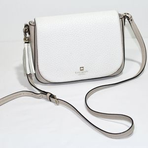 Kate Spade Crossbody Flap Bag in White and Beige for Sale in Bellevue, WA