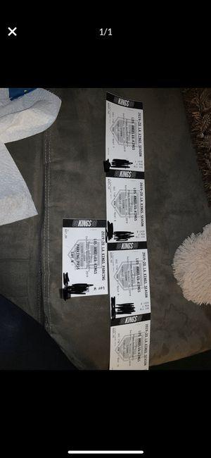 LA Kings vs Las Vegas Knights 11/16 4 tickets + parking for Sale in Los Angeles, CA