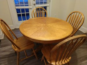 Kitchen / Breakfast table, 42-inch round for Sale in Matthews, NC