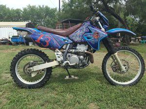 02 drz400e model for Sale in San Antonio, TX