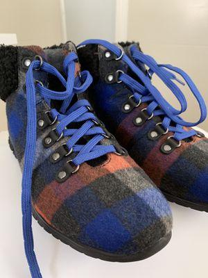 Cole Haan Zerogrand Hiker Boot W8 for Sale in Seattle, WA