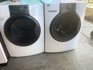 Kenmore washer and dryer electric matching set for Sale in Fresno, CA