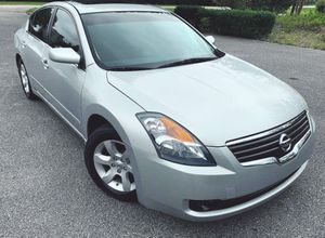 Price $800 2007 Nissan Altima for Sale in Charleston, WV