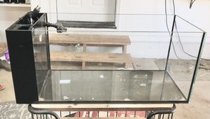Innovative Marine Nuvo Peninsula 20 Gal Fish Tank for Sale in Lakeside, AZ