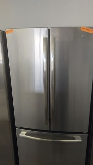 New GE Refrigerator- warranty included for Sale in Sacramento, CA