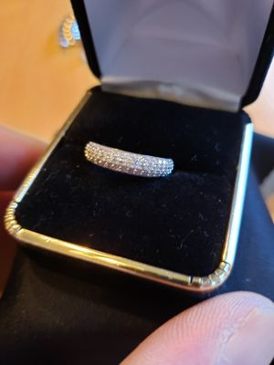 Solid silver sz 7. Simulated diamond s set in solid silver.. vintage for Sale in Meriden, CT