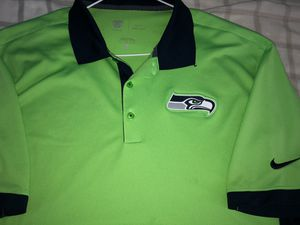 NIKE Large Seattle Seahawks Golf Shirt ($5 OFF Picked Up) for Sale in Las Vegas, NV