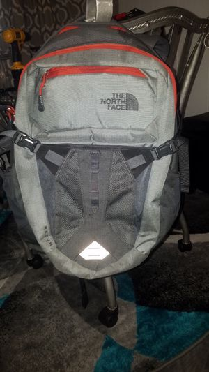Northface backpack for Sale in Glen Burnie, MD