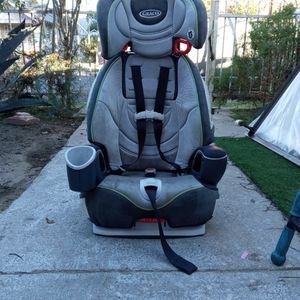 Graco Seat For Kids 1+. for Sale in Los Angeles, CA