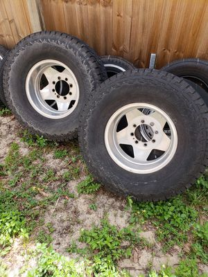 16in Aluminum wheels and tires and rear axle for Sale in Davenport, FL