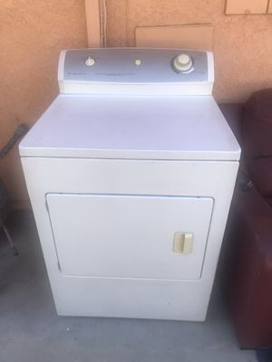 Frigidaire Dryer Gas, Heavy Duty, Excellent Working Condition, Well Maintain, Very Clean for Sale in City of Industry, CA