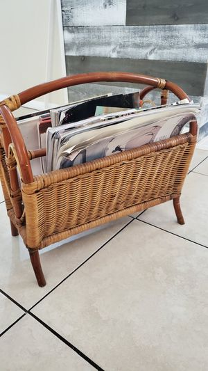Magazine holder for Sale in Tampa, FL