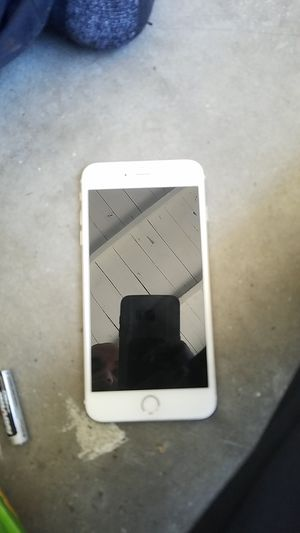 I phone 6s plus unlocked for Sale in Bell Gardens, CA