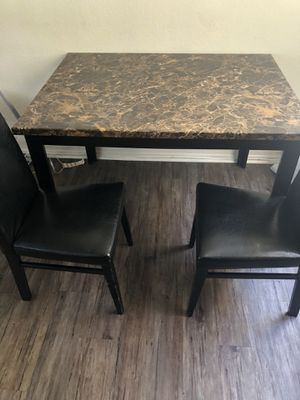 Kitchen table for Sale in Lakewood, CA