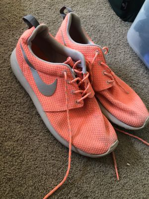 Size 8, Nike, Running shoes, woman for Sale in National City, CA