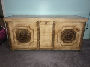 Cavalier Cedar Chest for Sale in Cypress, CA