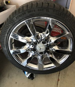 Set of four Chrome Mercedes Benz S550 Rims on run flat tires Fits 2007-2013 for Sale in Las Vegas, NV