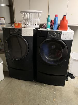Kenmore front load washer and dryer for Sale in Los Angeles, CA
