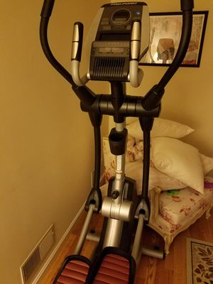 ProForm Smart Strider 695 CSE Elliptical, iFit for Sale in Harrisburg, PA