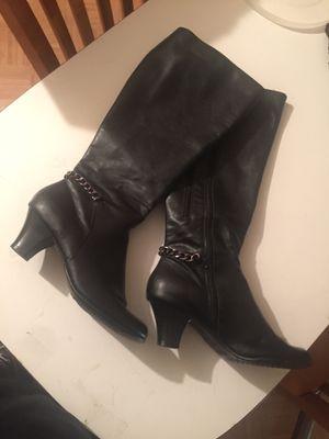Boots size 9 for Sale in Phoenix, AZ