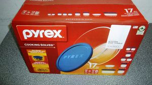 17 piece Pyrex clear glass cooking set new in box for Sale in Houston, TX