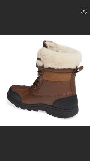 UGG NEW Butte II Waterproof Winter Boot size 12 toddler for Sale in Lombard, IL