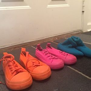 Kids Shoes 7/8 9 12 for Sale in Montgomery, AL