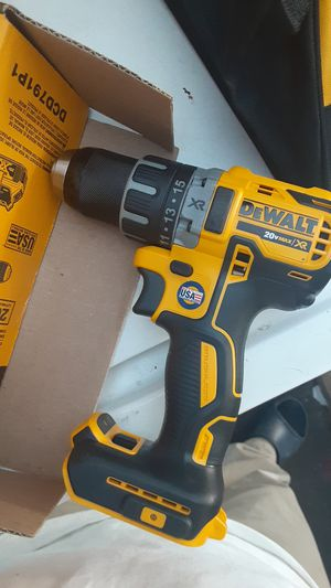 Dewalt drill + charger for Sale in San Diego, CA