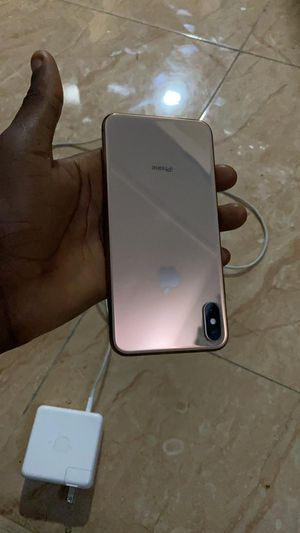IPhone XS mas for Sale in Owego, NY
