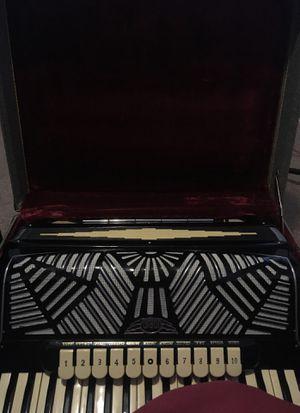 Iorio accordion for Sale in Philadelphia, PA