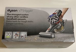 Dyson V7 Trigger Bagless Cordless Hand Vacuum for Sale in Garden Grove, CA