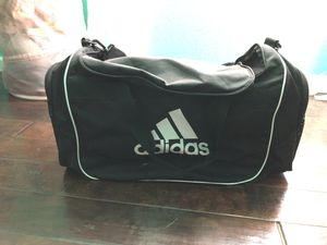 Adidas small duffle bag for Sale in Granger, TX