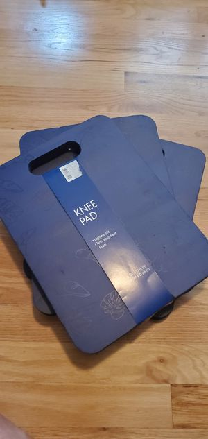 (3) NEW Garden Knee Pads $2 each for Sale in Portland, OR