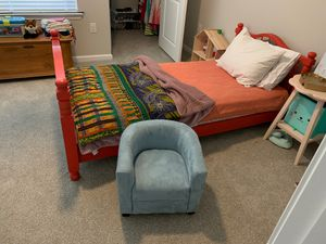 Kids reading chair for Sale in San Antonio, TX
