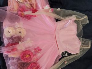 Pink Flower Dress for Prom/Weddings, Size S for Sale in Pomona, CA