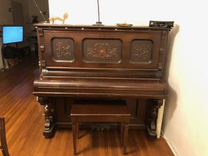 Piano (not free) for Sale in Hawthorne, CA