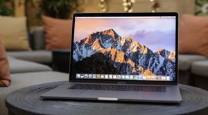 "APPLE MACBOOK PRO 15"" ""TouchBar"" ""RETINA"" POWERFUL 2.7GHz i7 QUAD CORE PROCESSOR, 16GB 512SSD/TRUE TONE DISPLAY/AMD RADEON Pro 560 Dual Graphic Cards for Sale in Los Angeles, CA"