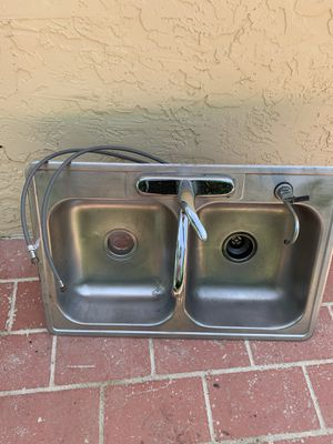 Kitchen sink for Sale in FL, US