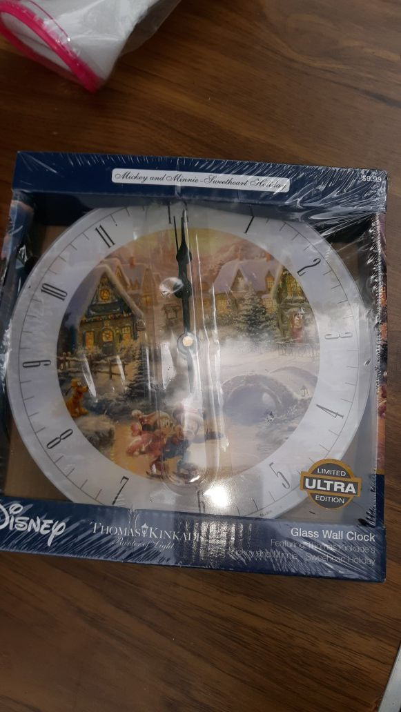 "Thomas kinkade ""Disney "" clock"