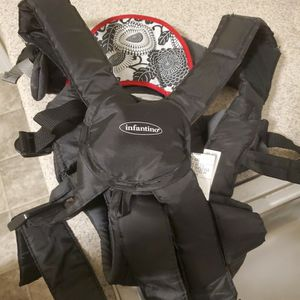 Baby Carrier for Sale in Fort Leonard Wood, MO